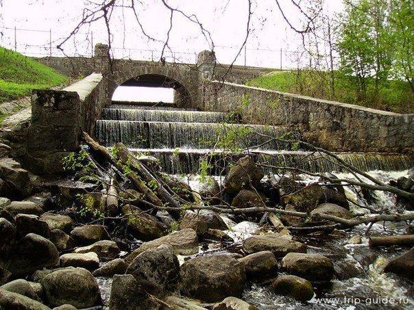 Водопад на реке Караста