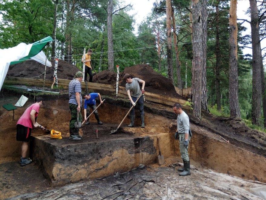Ростиславльская археологическая экспедиция