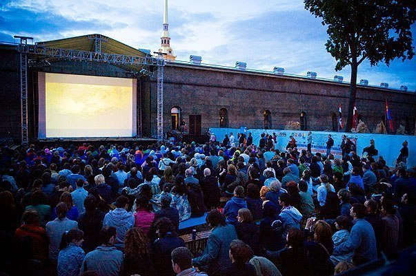Кинофестиваль OPEN CINEMA — open-air на пляже