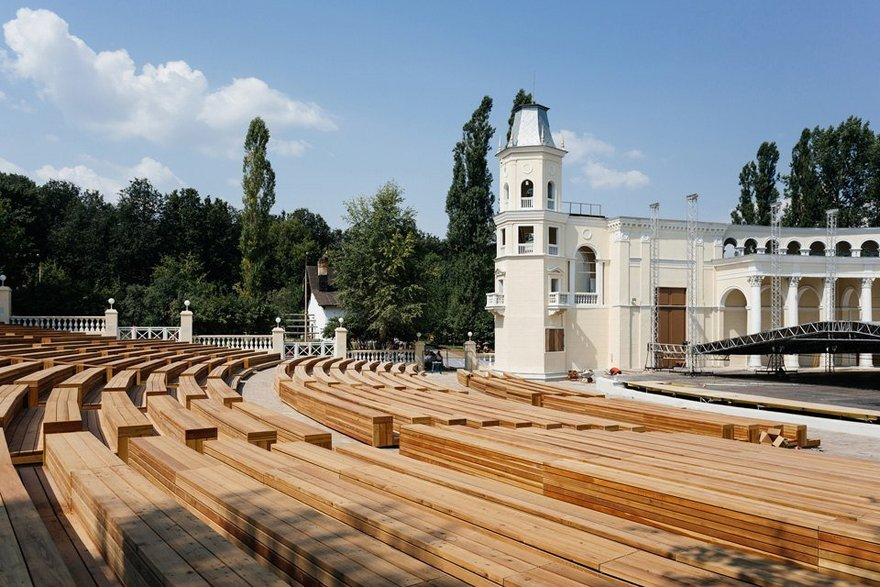реально зеленый театр в москве фото колбаса жирная