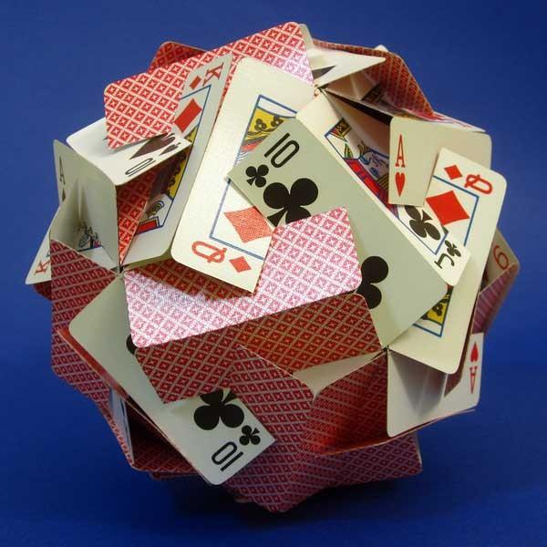 Поделка из игральной карты
