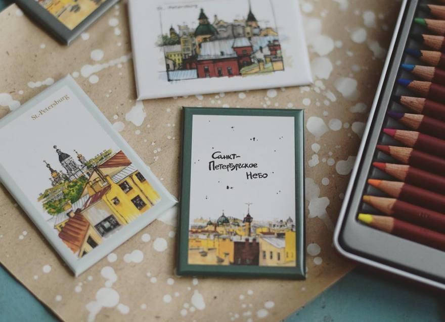 997b3615b60f2 Но здесь можно купить и милейшие открытки, блокноты и магниты с видами  города - с петербургскими крышами, Выборгским замком или Осиновецким маяком.
